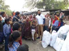distribution of old clothes to poors